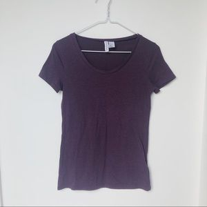H&M basic round neck tee
